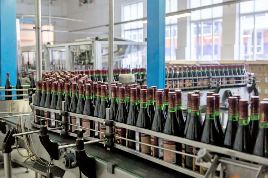 liniya proizvodstva vina - линия производства вина